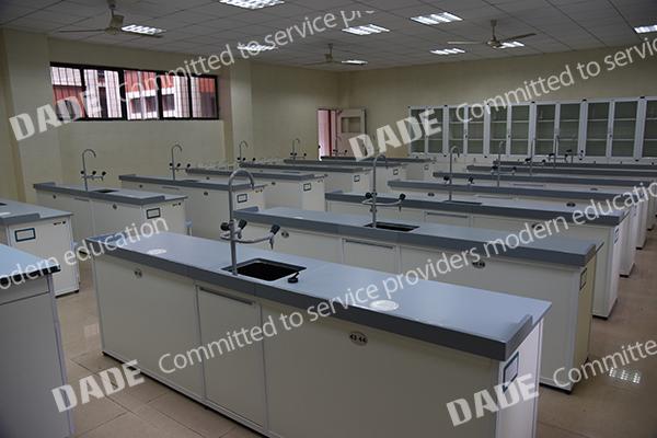 化学实验室(陶瓷台面)